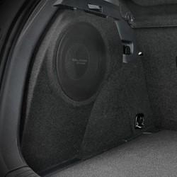 """Custom 8""""""""subbox voor Golf 7 (GTE) met Gladen RS8X 200Watt RMS 2 Ohm incl. grill"""